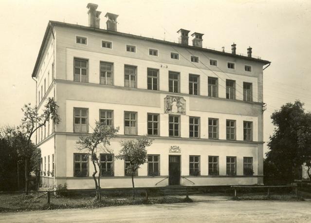 Datei:Alte Schule.jpg